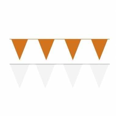 120 meter witte/oranje buitenvlaggetjes