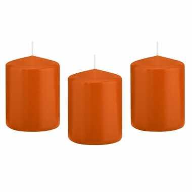 12x kaarsen oranje 6 x 8 cm 29 branduren sfeerkaarsen