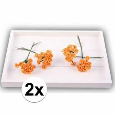 24 oranje roosjes van satijn 12 cm