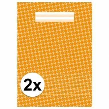 2x kantoor schriften a4 gelinieerd oranje