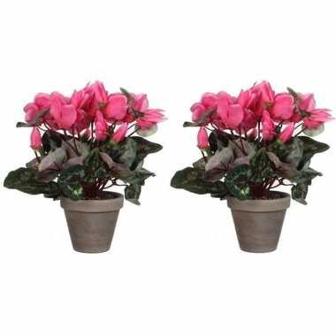 2x nep planten roze cycklamen kunstplanten 30 cm met oranje bloemen en grijze pot