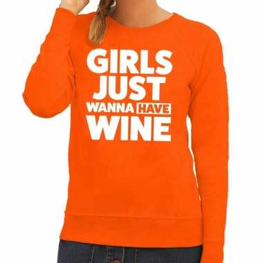 Girls just wanna have wine fun sweater oranje voor dames