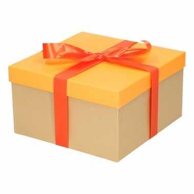 Kado doosjes neon oranje met oranje strik 21 cm vierkant