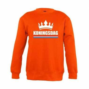 Oranje koningsdag met kroon trui jongens en meisjes