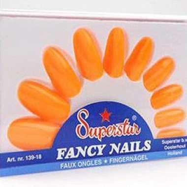 Oranje nagels