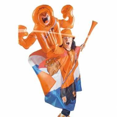 Oranje opblaas hand leeuw