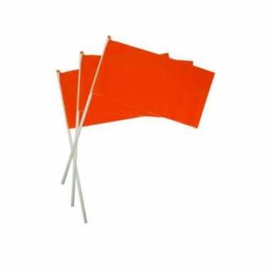 Oranje zwaaivlaggetjes