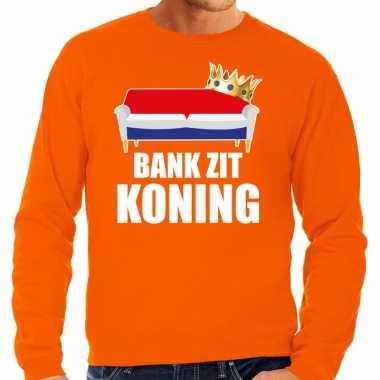 Woningsdag bank zit koning sweater / trui voor thuisblijvers tijdens koningsdag oranje heren