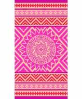 Badlaken met roze oranje mandala print mancora voor kinderen 86 x 160