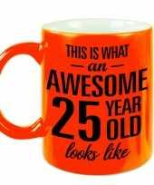 Fluor oranje awesome 25 year cadeau mok verjaardag beker 330 ml