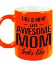 Fluor oranje awesome mom cadeau mok beker voor moederdag 330 ml
