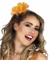 Haarklem met oranje bloem