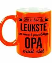 Leukste en meest geweldige opa cadeau mok beker neon oranje 330 ml