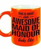 Neon oranje awesome maid of honour cadeau mok beker voor je getuigen 330 ml
