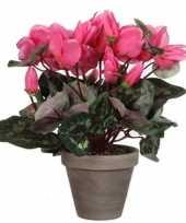 Nep planten roze cycklamen kunstplanten 30 cm met oranje bloemen en grijze pot