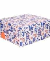 Rol met blauw wit oranje sinterklaas inpak papier