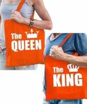 The king en the queen tas shopper oranje katoen met witte tekst en kroon voor volwassenen